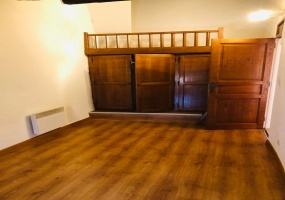 2 Chambres Chambres, 4 Chambres Chambres,1 Salle de bainsSalle de bain,0,A vendre,1043